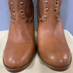 BCBGeneration Shoes - BCBGeneration Brown Leather Boots US 9.5.